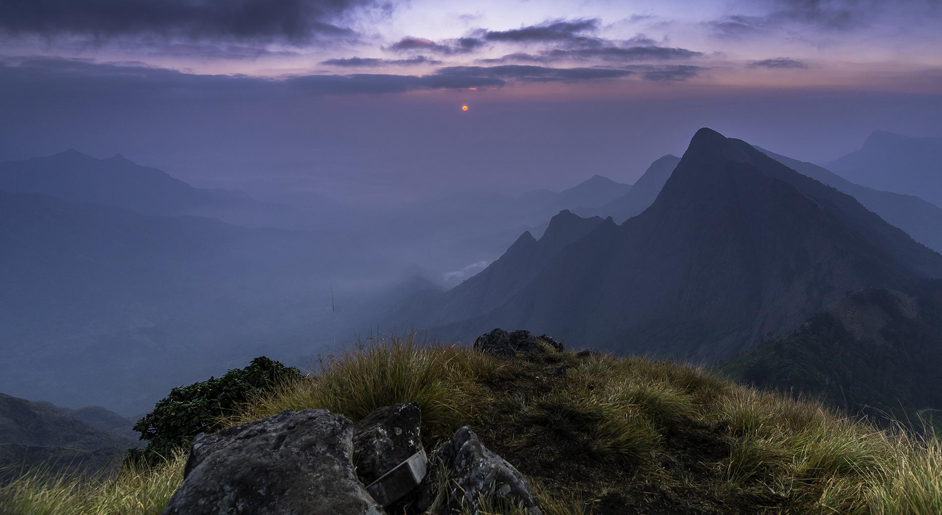 Early morning sunrise at Kolukkumalai, Munnar, Kerala